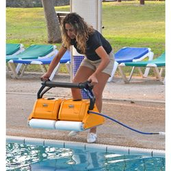 Dolphin Expert Pro Automatic Pool Cleaner