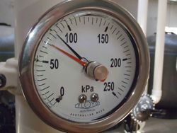 Pressure Gauge  100mm Bottom Entry  0100 kPa Stainless Steel with Adjustable Pointer